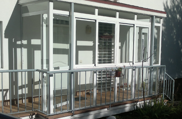 Puertas para porches trendy esta podra ser una solucin - Puertas para porches ...